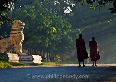 Quête des moines - Mandalay