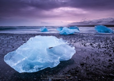 Icebergs on beach, Jokulsarlon, Iceland -