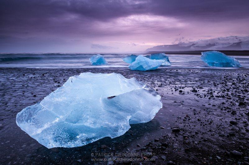 Icebergs on beach, Jokulsarlon, Iceland -