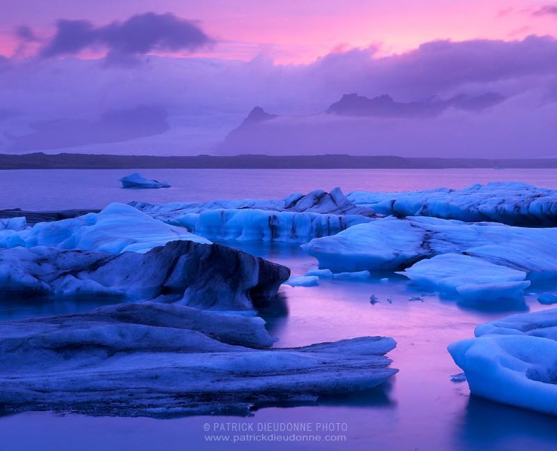 Icebergs, Jokulsarlon glacial lagoon, Iceland -